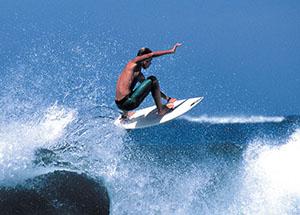 Tamarindo surf instructor Elmer Zelaya Ugarte