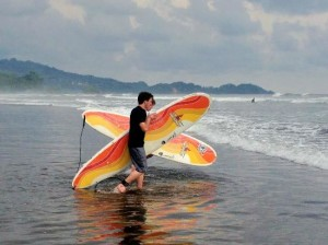 Sunset Surf Dominical 1