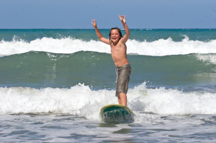 Best Beaches In California For Kids To Learn To Surf