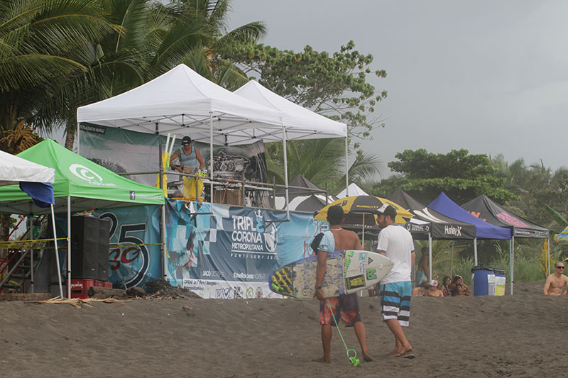 backyard surf contest