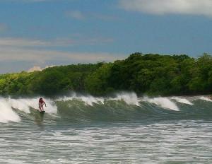 Cabuya Surfing