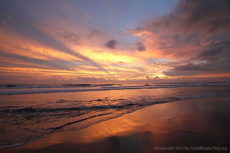Playa Hermosa Jaco Town