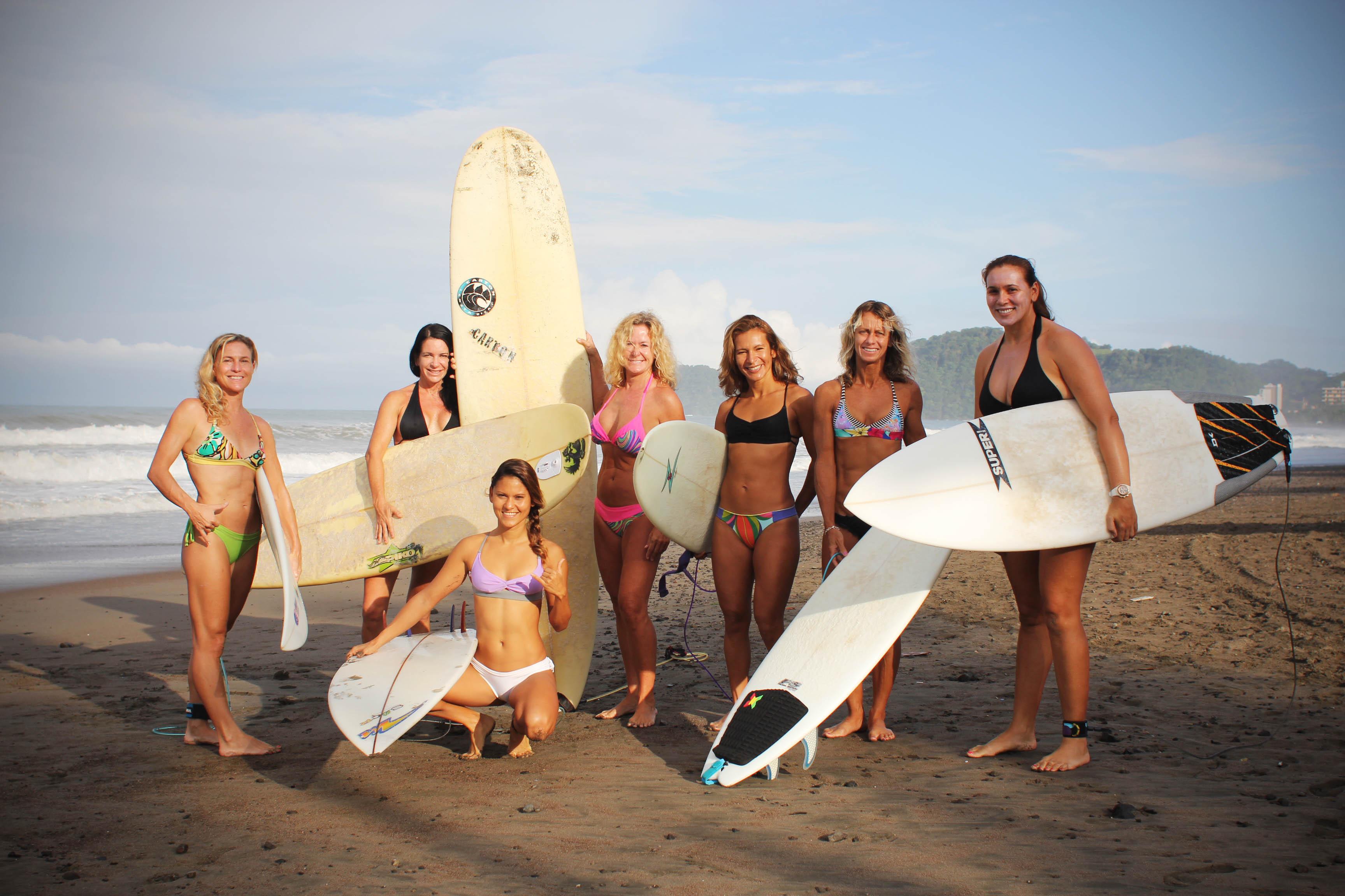 Surf S In Playa Negra